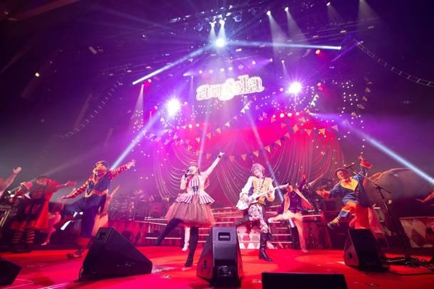 12月31日@LINE CUBE SHIBUYA(渋谷公会堂) photo by  釘野孝宏