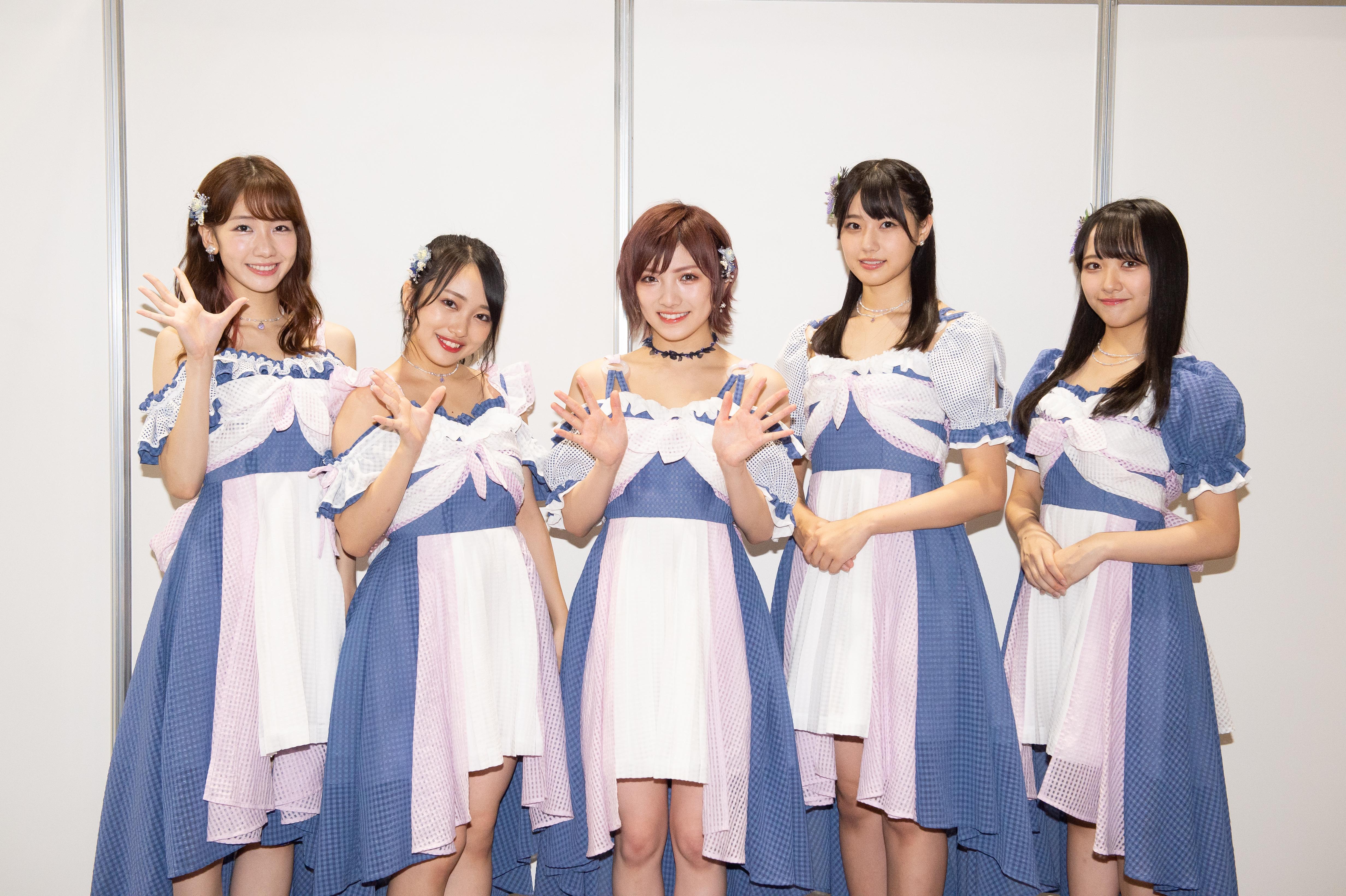 囲み取材:左から柏木(AKB48)、向井地(AKB48)、岡田(AKB48/STU48)、瀧野(STU48)、石田千穂(STU48)