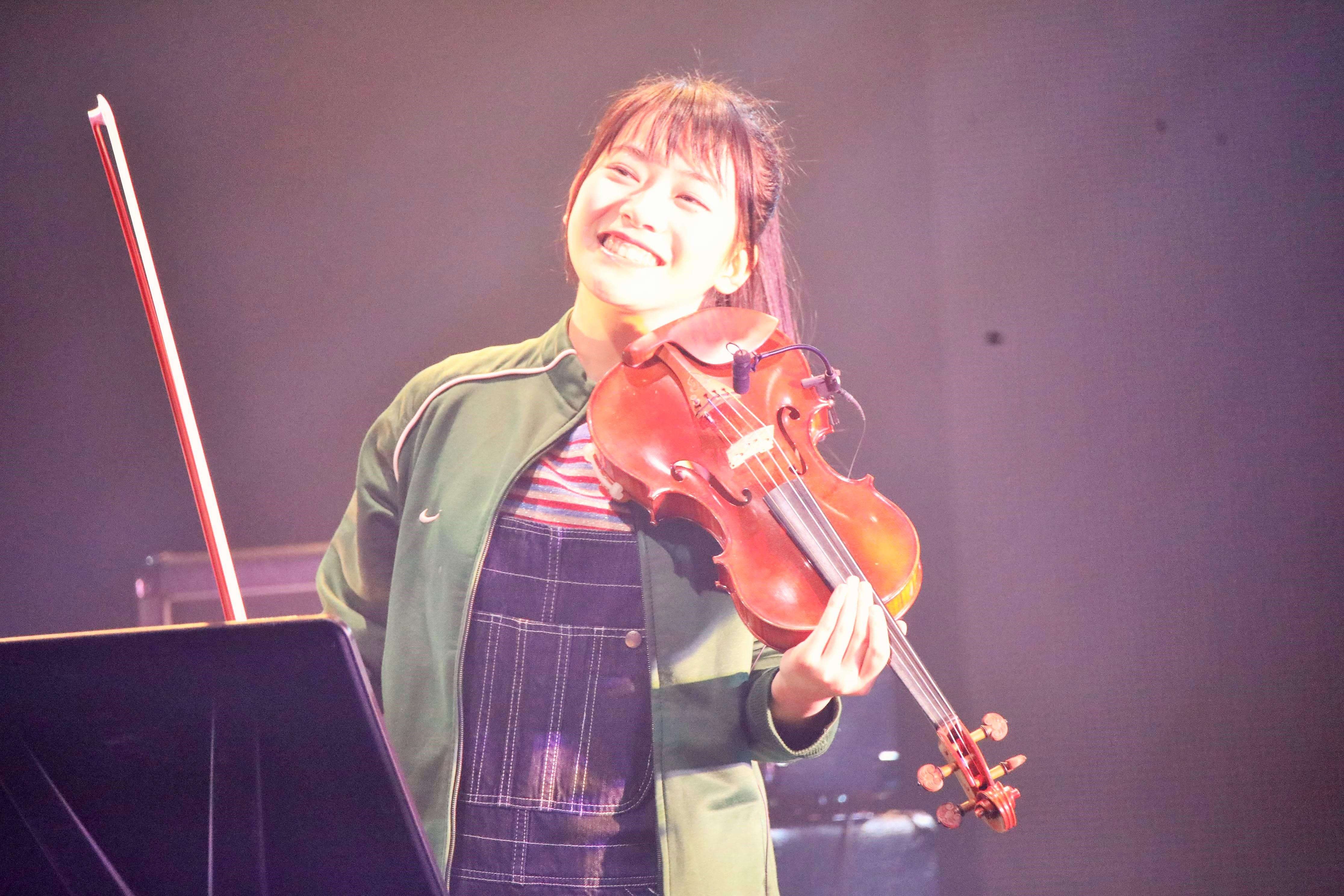 高岡薫・バイオリン