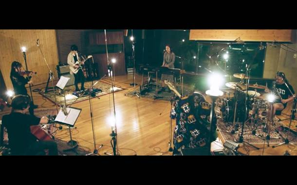 『TK from Ling tosite sigure Studio Live Session & Documentary at LANDMARK』