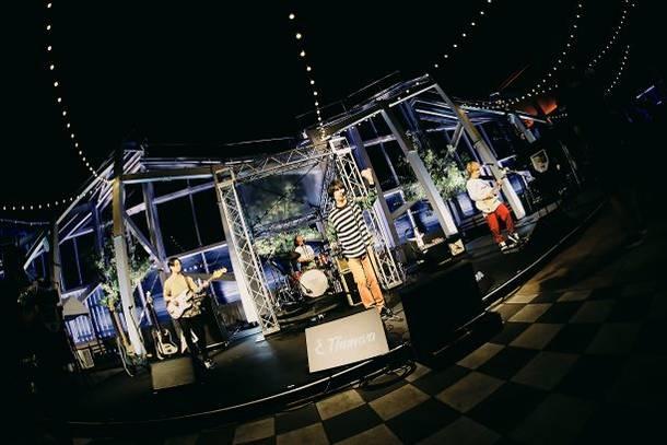 "6月27日@無観客生配信LIVE『90'S TOKYO BOYS""Online Broadcast""』 (C)椋尾 詩"