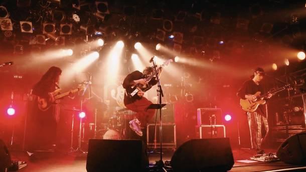 """【Helsinki Lambda Club  ライヴレポート】 『Helsinki Lambda Club 「Good News Is Bad News」 release tour """"Good News For You""""』2020年7月27日 at 渋谷CLUB QUATTRO"""