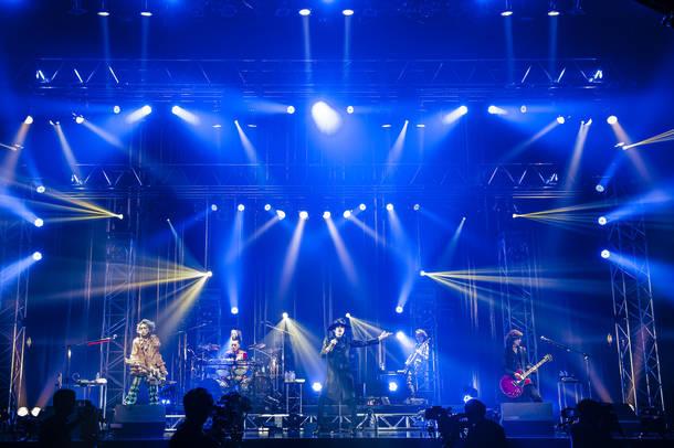 無観客オンライン生配信『ABRACADABRA LIVE ON THE NET』Photo by 田中聖太郎