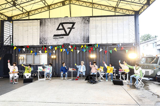 9月27日@『SUPER★DRAGON 5th Birthday ONLINE LIVE 「PARTY -Lunch Time-」』 photo by 笹森健一