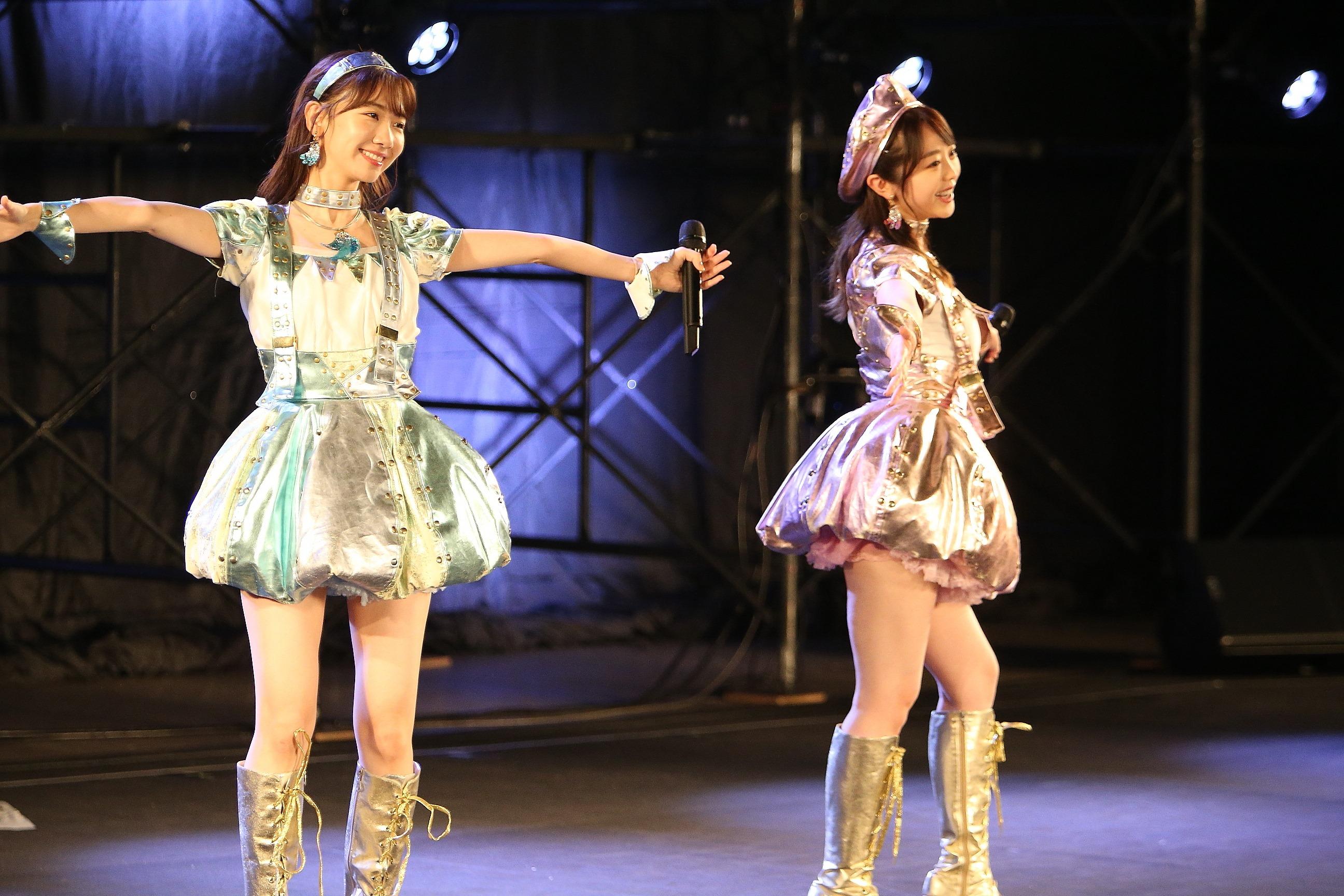 柏木由紀、峯岸みなみ 10月17日ライブ (C) AKB48