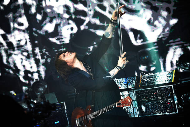 10月14日@『SUGIZO LIVE STREAMING FROM TOKYO EPISODE Ⅰ~RE-ECHO TO COSMIC DANCE~』