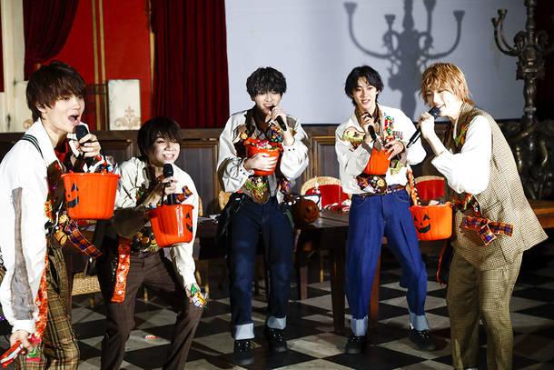 10月25日(日)@オンラインライブ『SEXY HALLOWEEN 〜WHO IS VAMPAIRE』 photo by  笹森健一