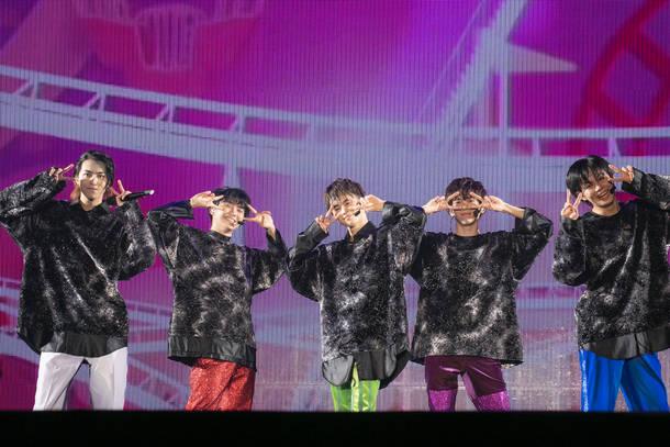 12月25日@オンラインスペシャルライブ『Superstar』 photo by  米山三郎、深野輝美