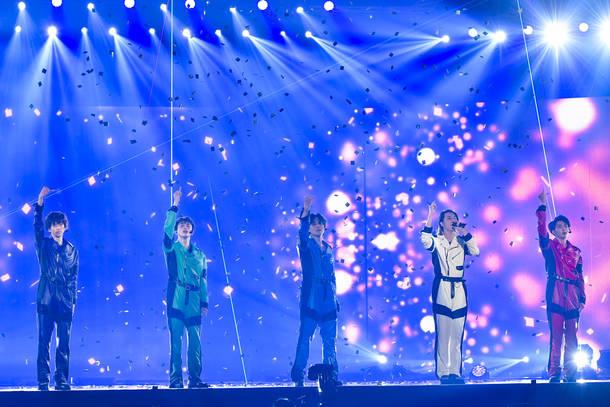 12月27日@オンラインスペシャルライブ『Superstar』 photo by  米山三郎、深野輝美