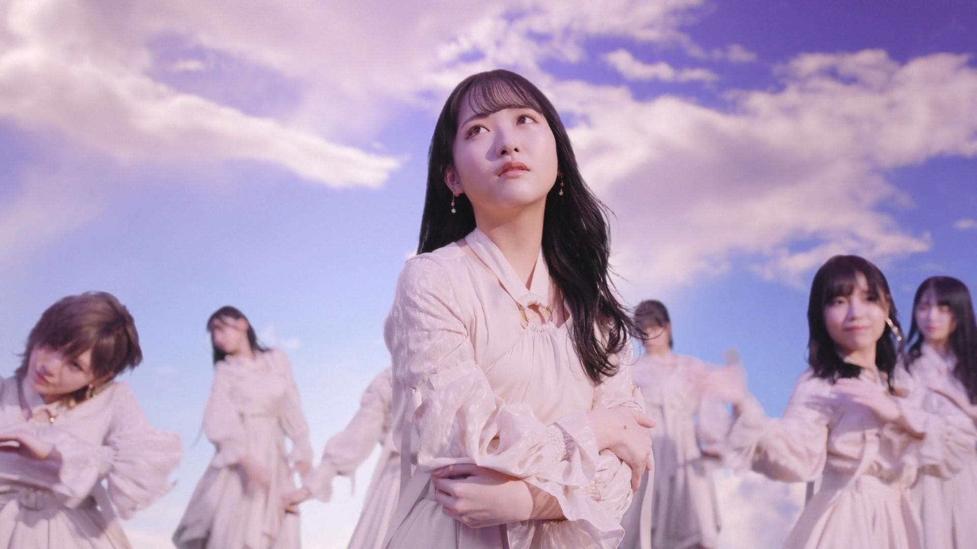 石田千穂 ©STU/KING RECORDS