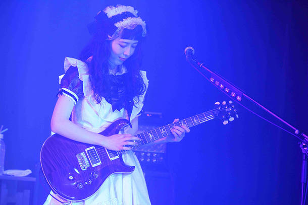 配信ライブ『BAND-MAID ONLINE OKYU-JI(Feb. 11, 2021)』(Photo by MASANORI FUJIKAWA)