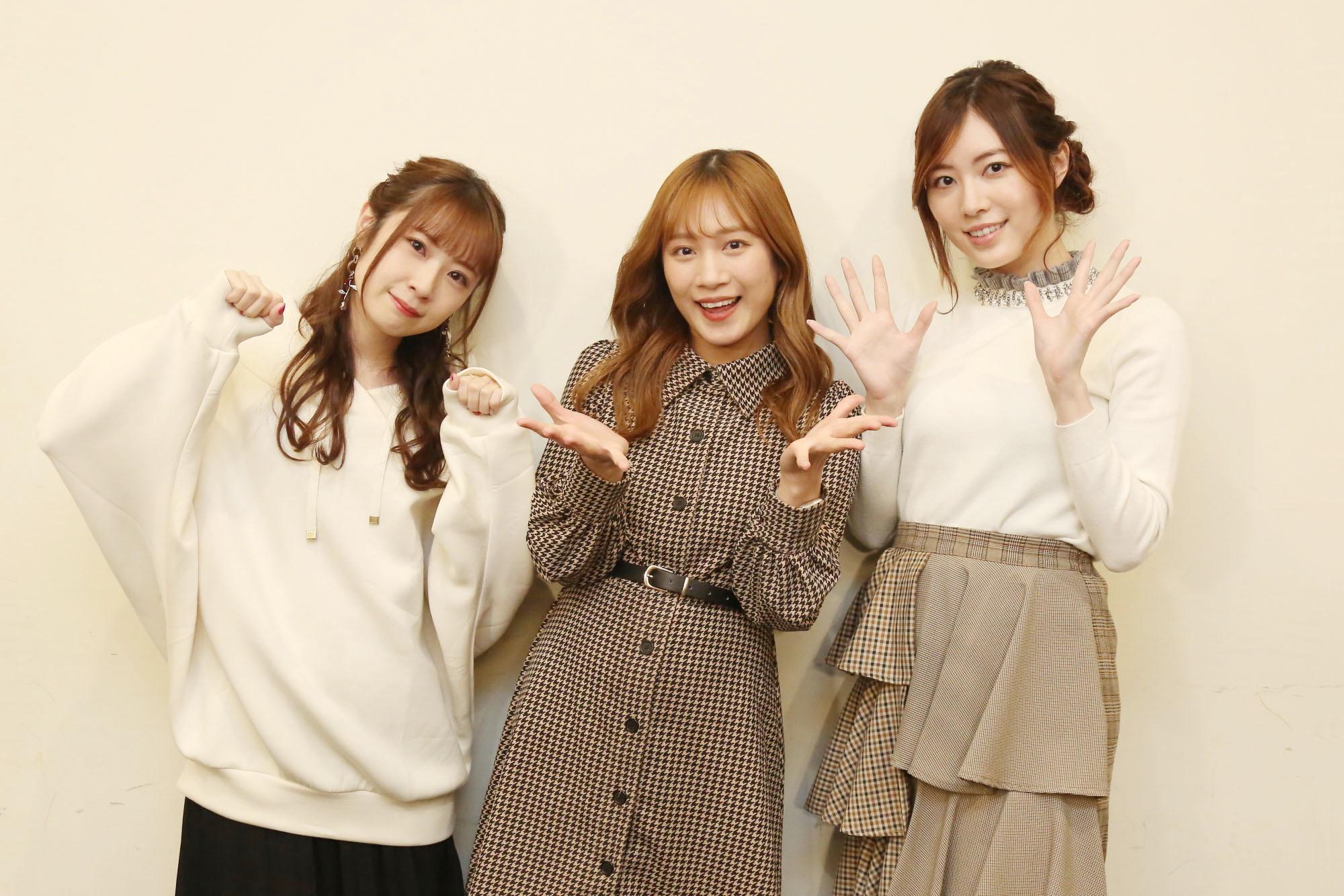 左から高柳明音(2期生)、斉藤真木子(2期生)、松井珠理奈(1期生) ©2021 Zest,Inc.