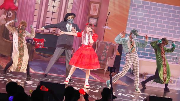 『きゃりーぱみゅぱみゅ PREMIUM LIVE「GREAT INVITATION」』「キズナミ」