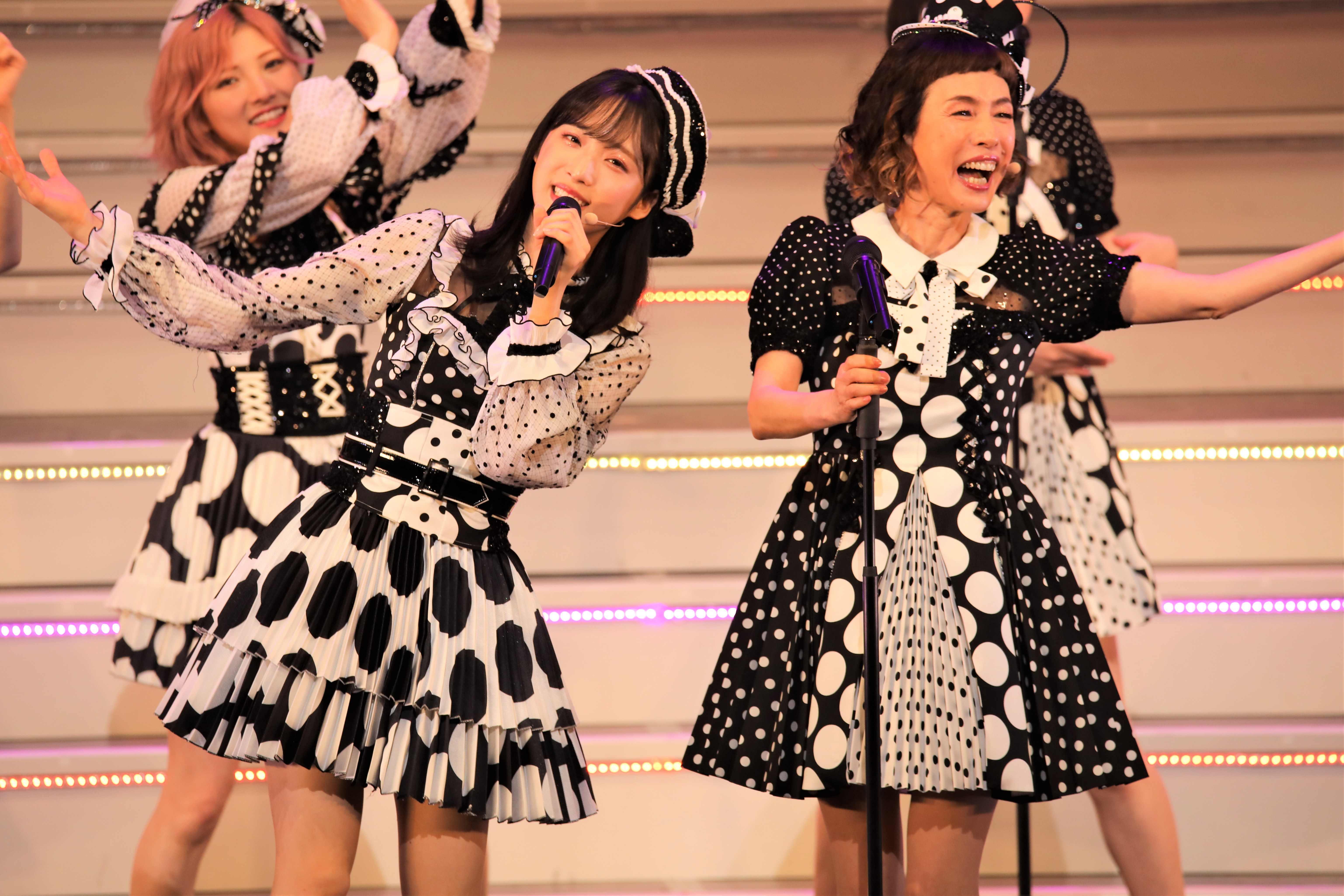 小栗有以と久本雅美 ©AKB48 THE AUDISHOW製作委員会  無断アップロード及び転送は一切禁止です。