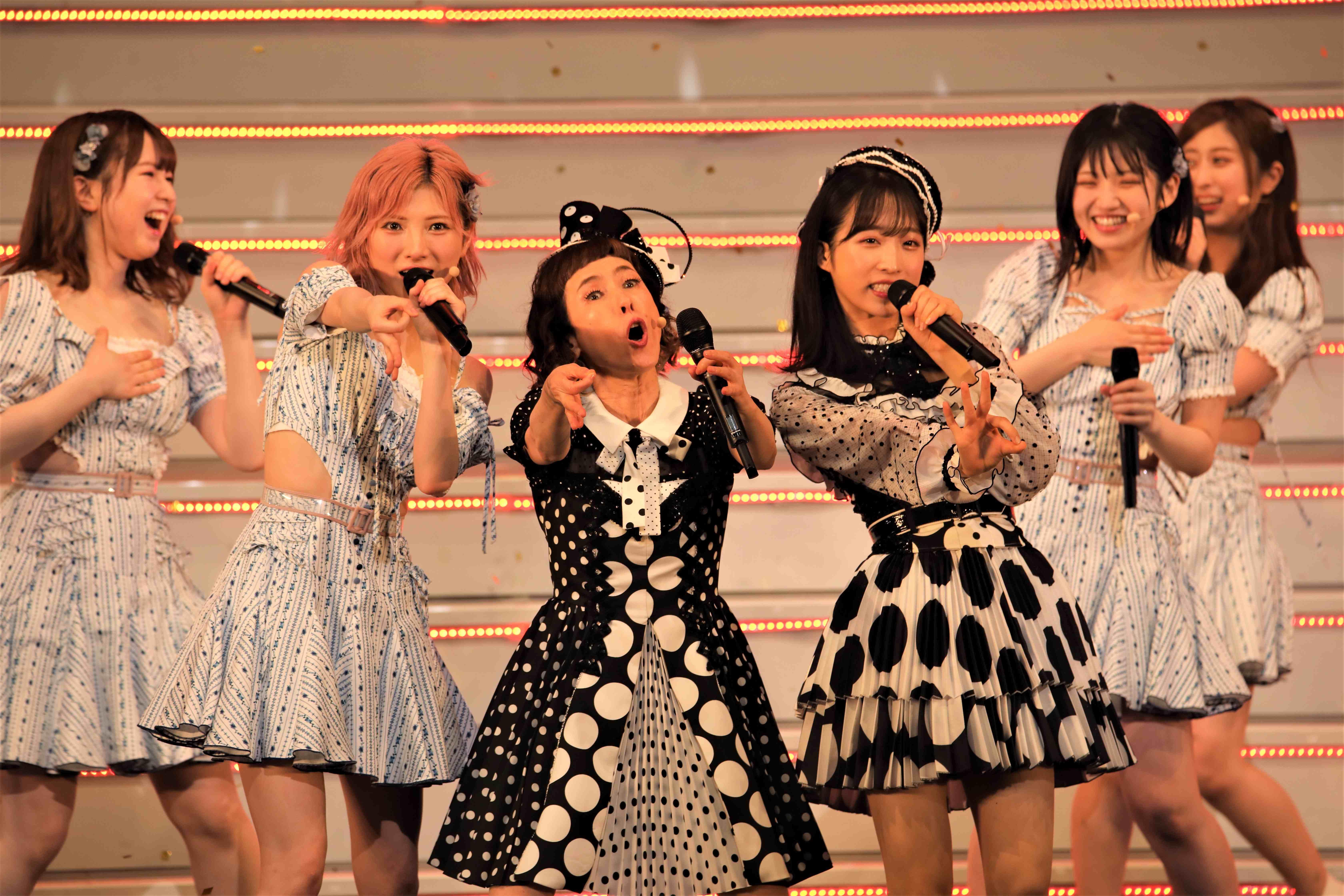 ここでも「よろちくびー!」©AKB48 THE AUDISHOW製作委員会  無断アップロード及び転送は一切禁止です。