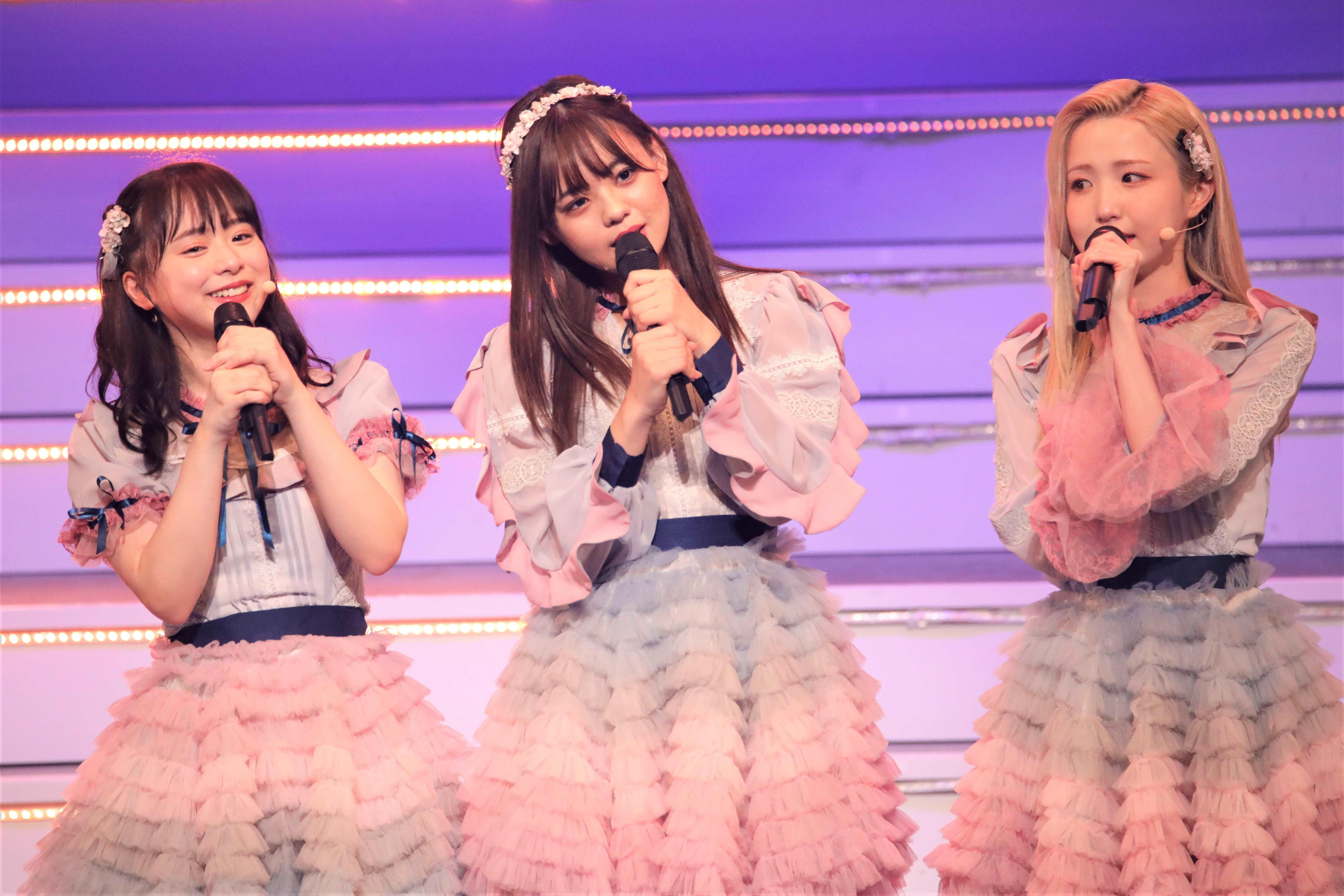 倉野尾成美、宮里莉羅、本田仁美 ©AKB48 THE AUDISHOW製作委員会 無断アップロード及び転送は一切禁止です。