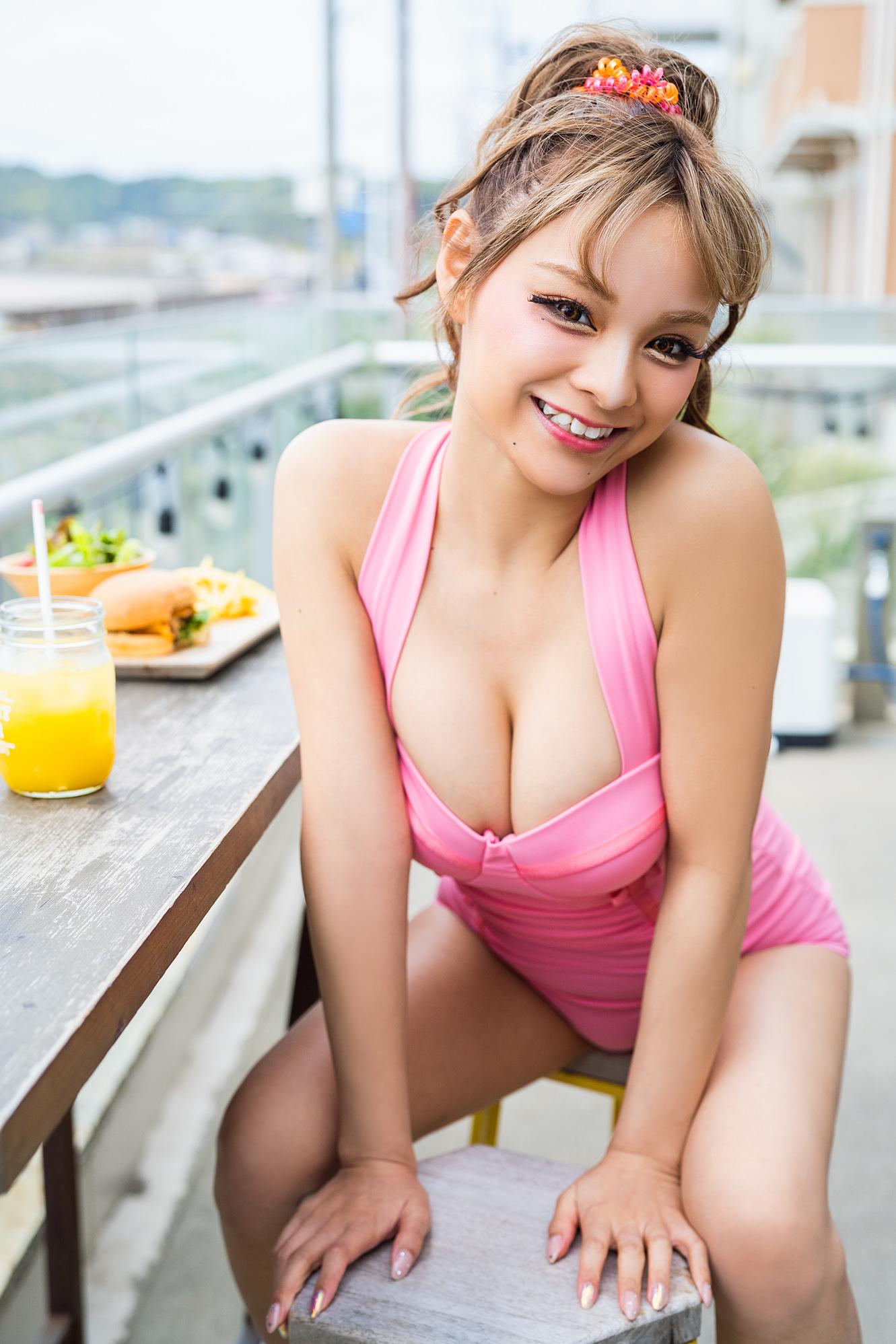 (C)KADOKAWA  (C) Lovers  PHOTO/MAKINO SHOTA