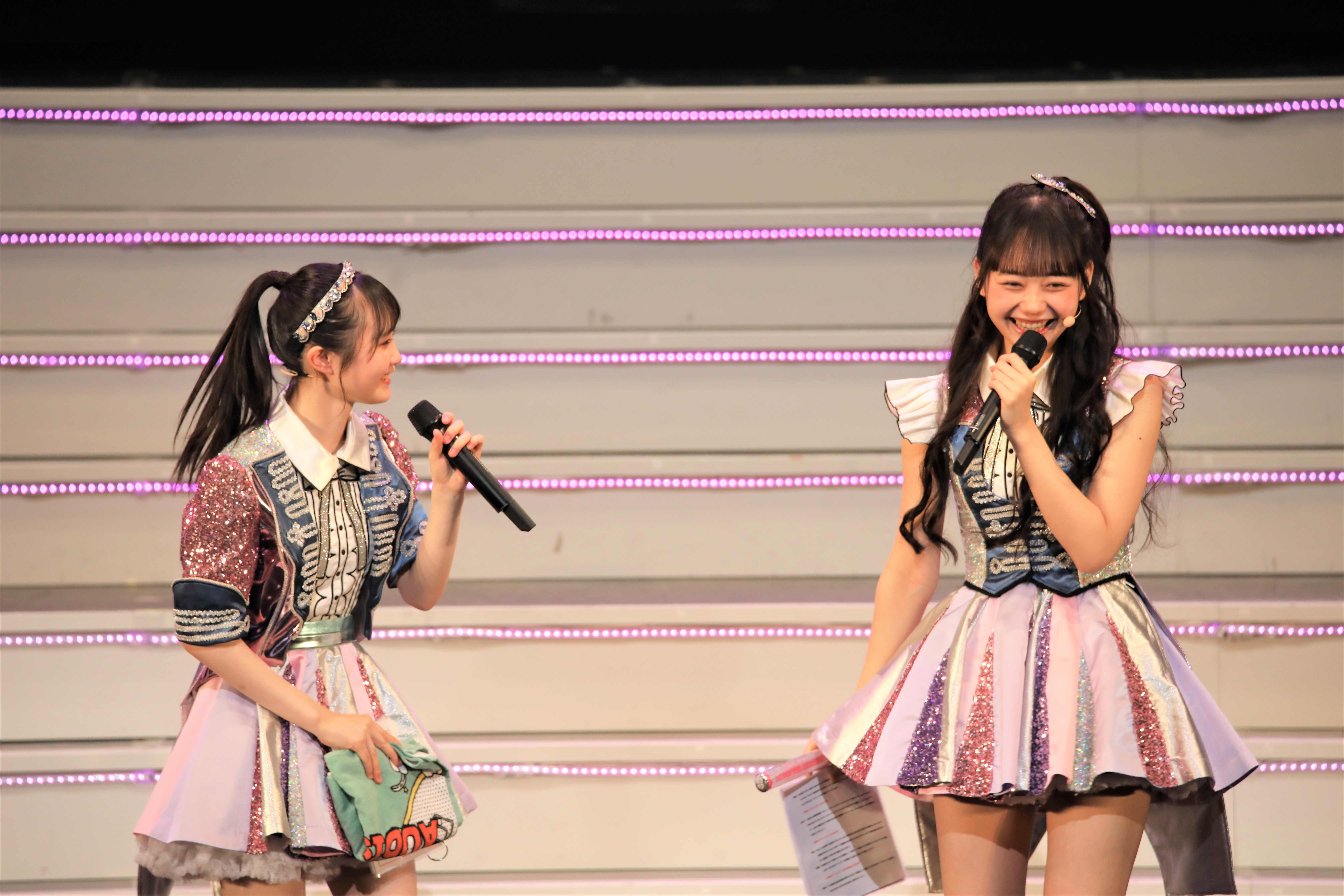 齋藤陽菜と大盛真歩  ©AKB48 THE AUDISHOW製作委員会  無断アップロード及び転送は一切禁止です。