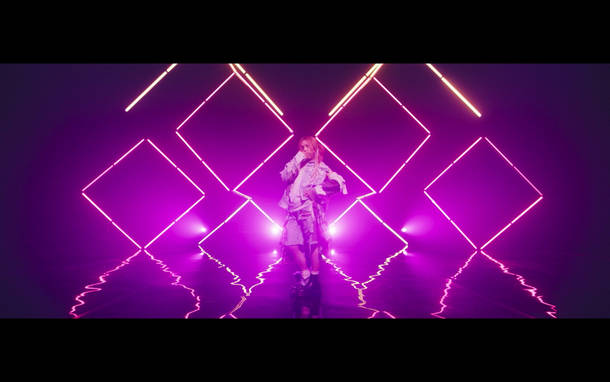 「give me ♡ me」MV