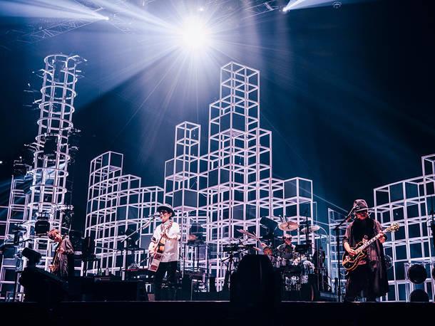 "『SPITZ JAMBOREE TOUR 2021 ""NEW MIKKE""』(Photo by 西槇太一)"
