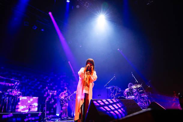 にしなワンマンライブ『hatsu』2021年6月25日 at Zepp Tokyo(Photo by 上山陽介)
