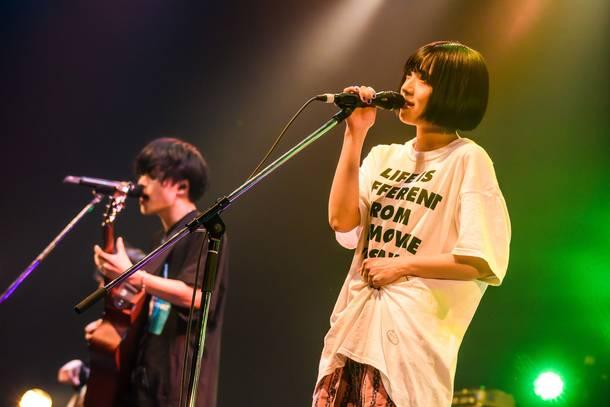 7月22日@大阪なんばHatch(神はサイコロを振らない×アユニ・D(BiSH/PEDRO) ) photo by  Hayashi Maco
