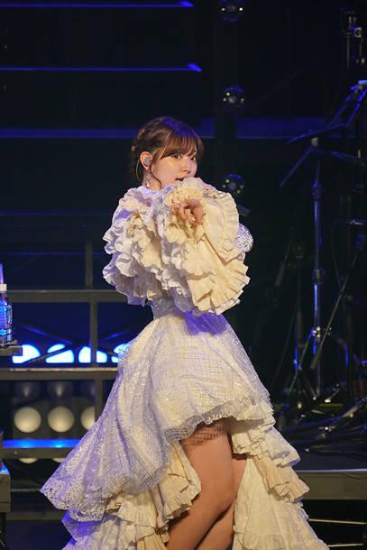 『鈴木愛理 LIVE 2021~26/27~』2021年10月13日 at 日本武道館
