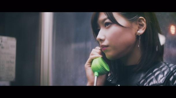 「割れたスマホ」MV キャプチャ