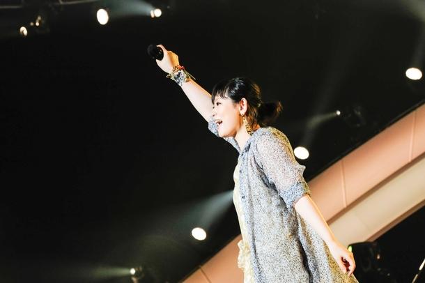 『絢香 10th Anniversary SUPER BEST TOUR』より