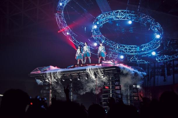 『Perfume 6th Tour 2016「COSMIC EXPLORER」』メインビジュアル