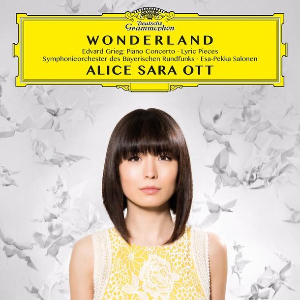 アリス=紗良・オット『ワンダーランド』