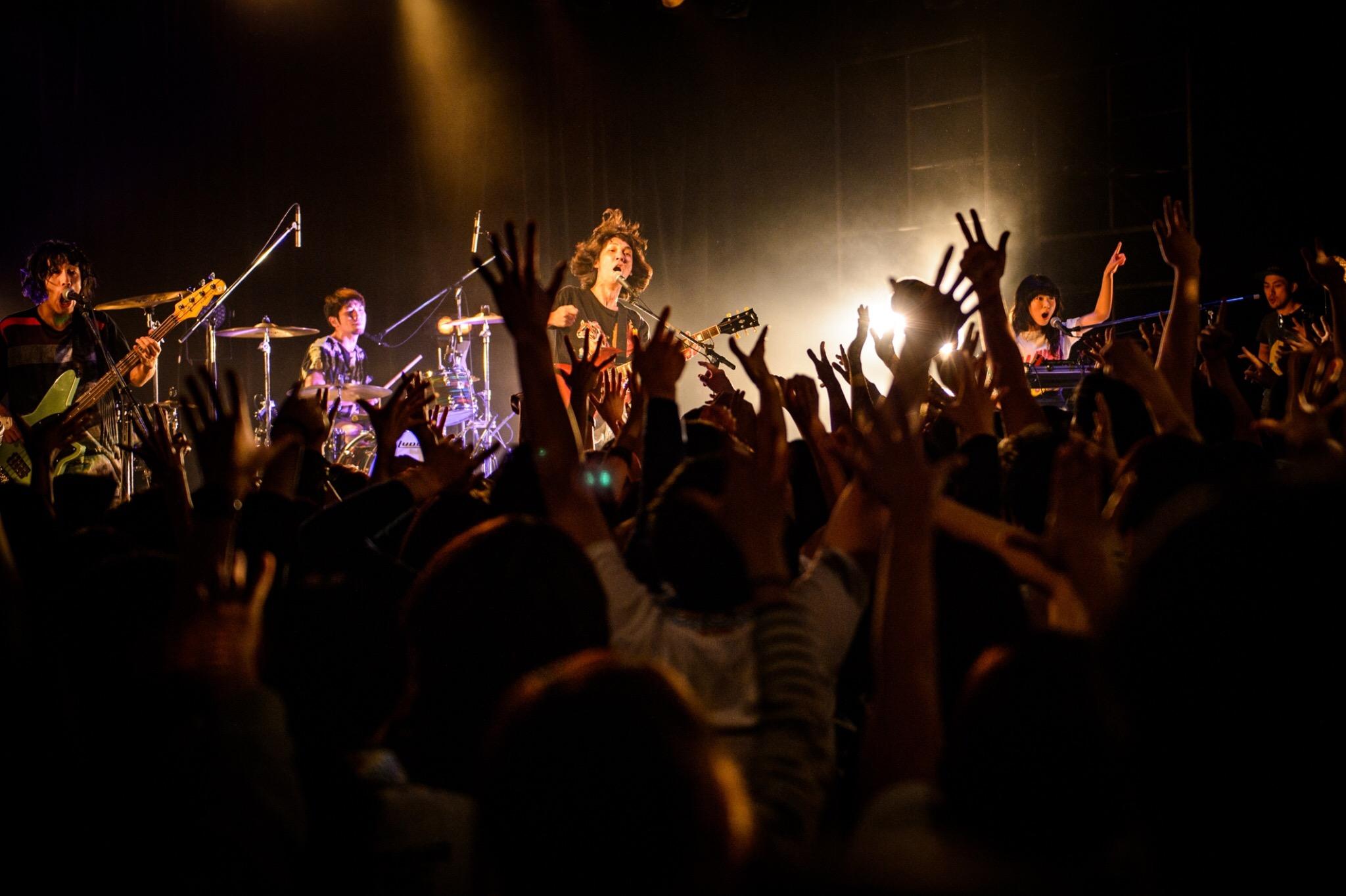 Wienners、ツアー最終公演から「さよなら浦島太郎」のライブ映像即出し