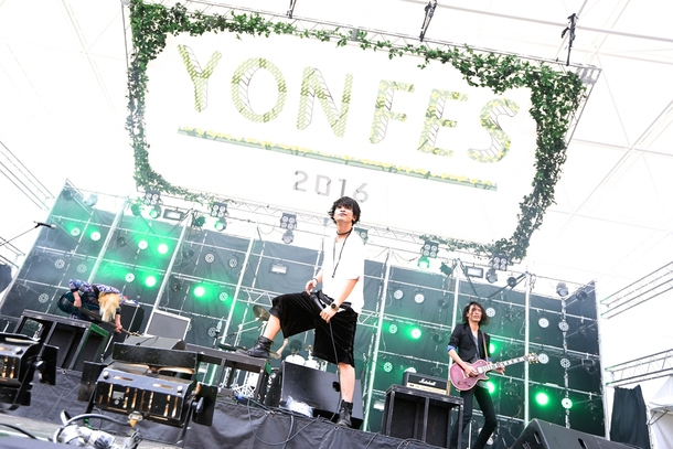 4月2日(土)@『YON FES 2016』THE ORAL CIGARETTES photo by Viola Kam (V'z Twinkle Photography)