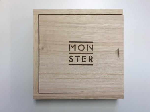 アルバム『MONSTER』【特別「木の箱」仕様盤】