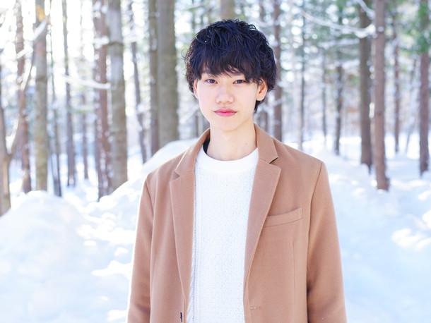 塾講師アルバイトのヒロ(23歳) (c)TBS