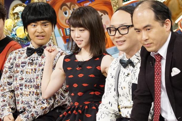 「ダウンタウンDX」2月18日放送、峯岸みなみ(左2)は加藤諒(左)の舞台がポールダンスをするキッカケだと語る。右はトレンディエンジェル (c)読売テレビ