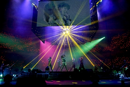 """MAMORU MIYANO LIVE TOUR 2015-16 ~GENERATING!~""の模様(4) Photo:hajime kamiiisaka"