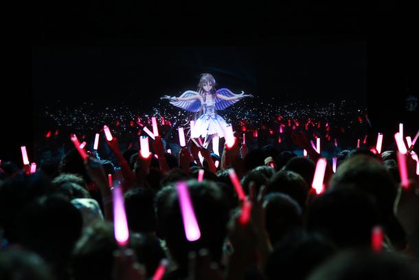 赤坂ブリッツにて行われたIA国内初のワンマンライブ「IA First Live Concert in Japan -PARTY A GO-GO-」