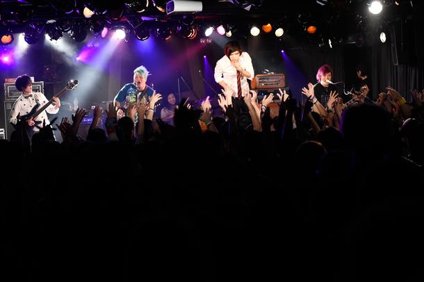 1月15日(金)@「ビクターロック祭り2016」(ヒステリックパニック)