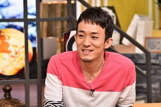 「Momm!」に歌ゲストとしてファンキー加藤が登場 (c)TBS