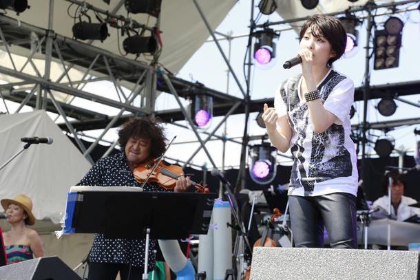 8月22日(土)@情熱大陸 SPECIAL LIVE SUMMER TIME BONANZA'15【家入レオ】