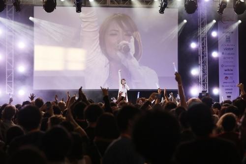 """J-POP SUMMIT 2015""での藍井エイルライブの模様"