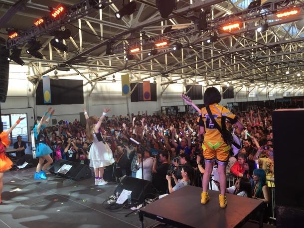 8月8日@「J-POP SUMMIT 2015」