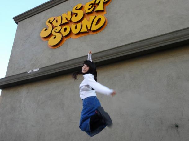 ONENESS」のレコーディングスタジオサウンセットサウンドスタジオ。創業50年を超える名門スタジオです。