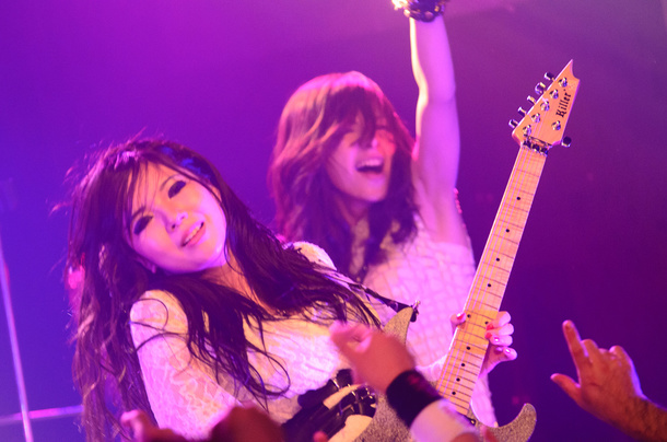 10月11日@渋谷REX photo by Nica Azuma