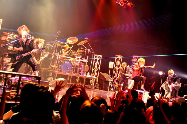 8月28日@Zepp DiverCity(Blu-BiLLioN)