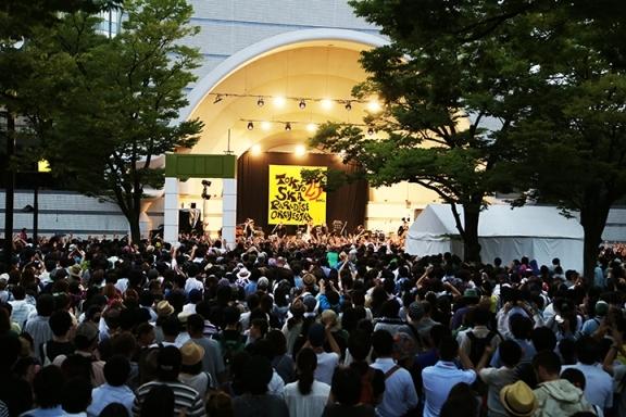 8月12日(火)  代々木公園野外ステージ