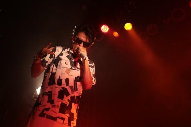 Hilcrhyme、デビュー記念日に地元・新潟のライブハウスで一夜切りのライブを開催