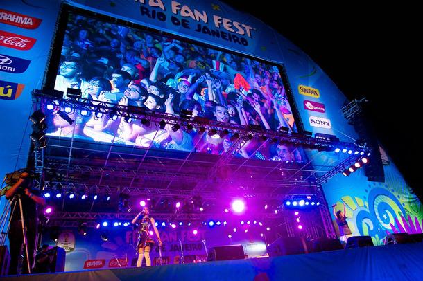 中島美嘉×加藤ミリヤ、「FIFA Fan Fest」に出演