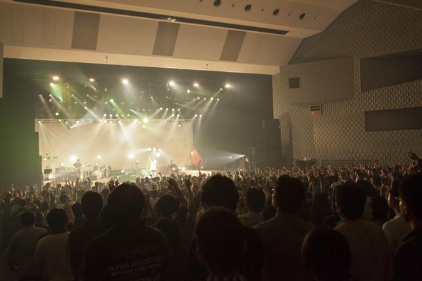 黒木渚が6月1日(日)に渋谷公会堂でツアーファイナルを迎えた。